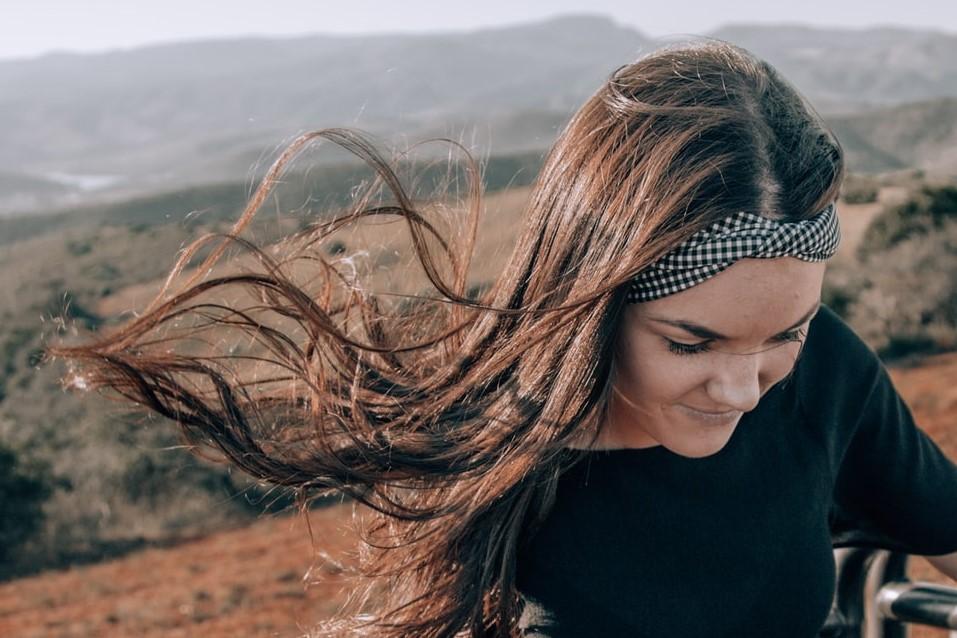coiffures tendances à adopter cet été